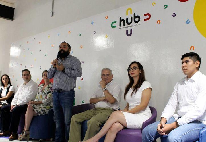 Fue hace un mes cuando el HUB de Emprendedores fue inaugurado en Mérida. Imagen de la rueda de prensa que ofrecieron los miembros de HUB de Emprendedores. (Milenio Novedades)