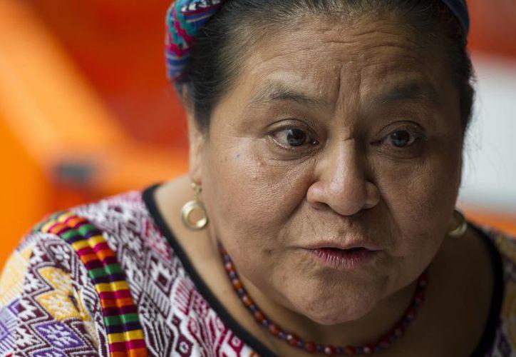 Menchú asegura que los estadounidenses deben ser advertidos de la ideología racista del aspirante presidencial.  (AP/Nick Wagner)