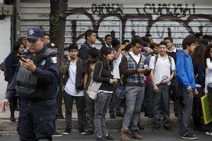 Moviliza fuerte temblor a la Ciudad de México