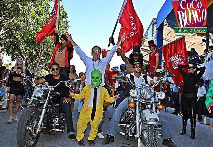 El pasado 7 de marzo participó en la caravana del Carnaval de Punta Cana. (Facebook/Ricardo Ruiz)
