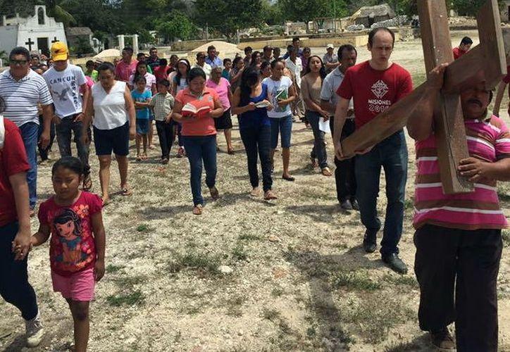 Integrantes del grupo apostólico acudirán a comunidades lejanas. (SIPSE)