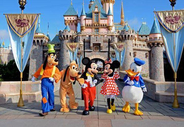 Un apagón afectó una docena de atracciones del parque de diversiones Disneylandia. (Contexto/Internet)