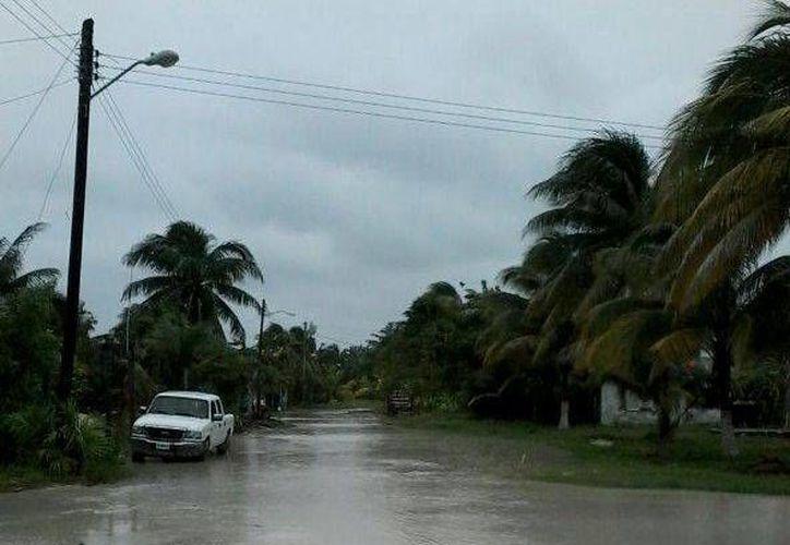 El estado del camino empeoró luego de las precipitaciones de la semana pasada. (Sara Cauich/SIPSE)