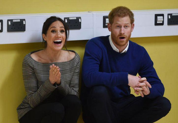 Meghan y Harry quieren demostrar que pueden compaginar su vida privada con el rol dentro de la monarquía. (Internet)