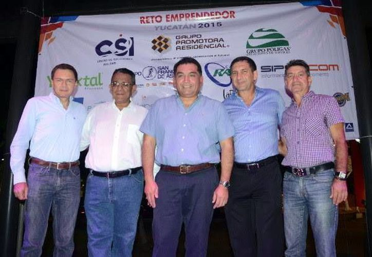 En el Reto Emprendedor 2015 estuvieron presentes el presidente de la Canacintra en Yucatán, Mario Can Marín; y los empresarios Bernardo Laris, Álvaro Traconis y Eduardo Abraham, entre otros, que forman parte de esta iniciativa a favor de la cultura emprendedora. (SIPSE)
