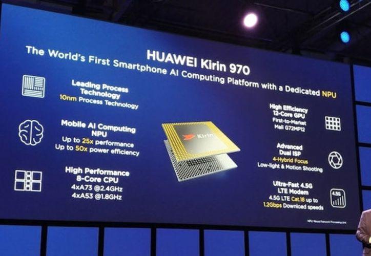 Presentan en Berlín, Alemania el nuevo Mate 10 de Huawei, con procesador Kirin 970, (Foto: Vanguardia MX)