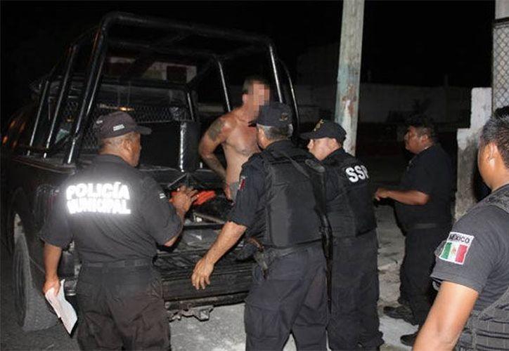 Personal del Ministerio Público y Servicios Periciales acudieron a efectuar el levantamiento del cadáver y demás diligencias. (Imagen estrictamente ilustrativa/SIPSE)