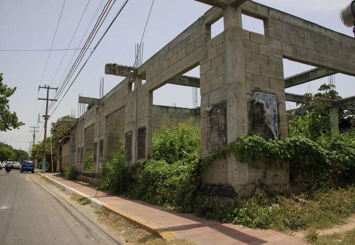 La tasa de impuesto predial es más alta para los lotes baldíos urbanos. (Archivo/SIPSE)