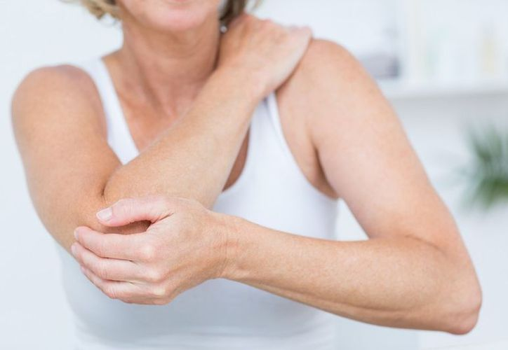 Entre los principales síntomas de lupus figuran dolor o inflamación articular, fiebre sin motivo aparente, enrojecimiento tipo salpullido en la piel. (Contexto/Internet)
