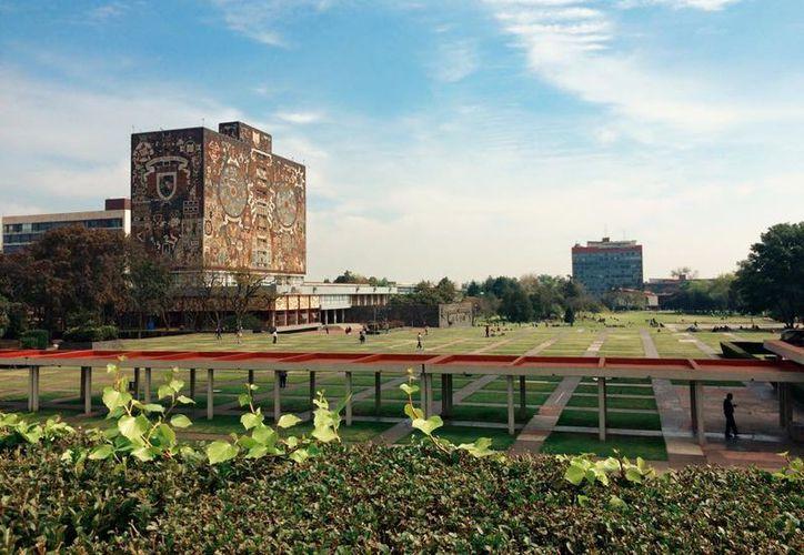 La UNAM es una de las dos mejores universidades de Iberoamérica. (Wikipedia)