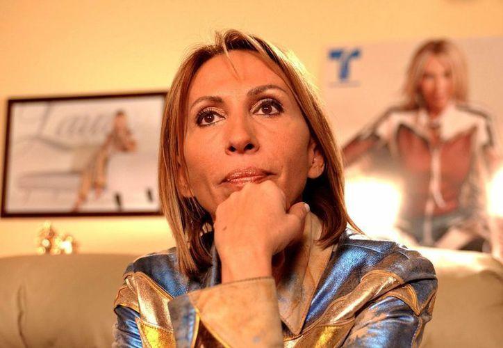Laura Bozzo asegura que no dejará de trabajar en Televisa pese a la investigación oficial en su contra. (EFE/Archivo)