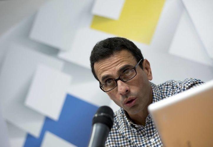 El oposito Henrique Capriles convoca a los venezolanos a recordar el mandato del presidente NIcolás Maduro. (EFE)
