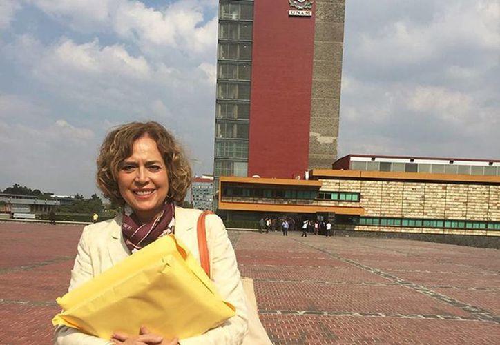 Rosaura Ruiz, es una de los 16 aspirantes a la Rectoría de la UNAM. El yucateco Luis Fernando Magaña Solís también se encuentra en la lista. (Excelsior)
