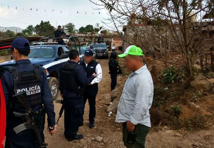 Seguridad Pública intensificó los operativos en Uruapan tras un ataque con armas de fuego a la sede policial. (Foto: Televisa)