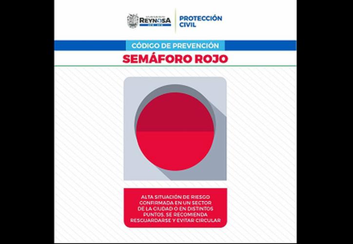 El 'semáforo rojo' indica que los ciudadanos deben resguardarse.  (Milenio)