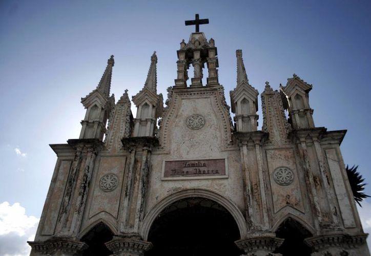 La arquitectura del Cementerio General es única en el país. (Christian Ayala/SIPSE)