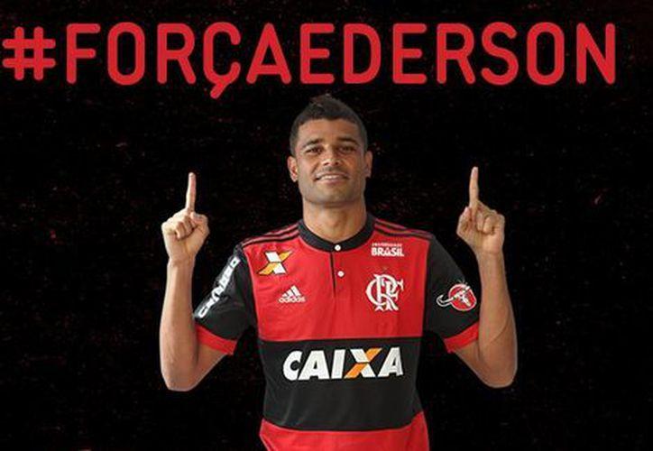 Su club mostró su apoyo al jugador a través de su cuenta de Twitter. (Flamengo Twitter)