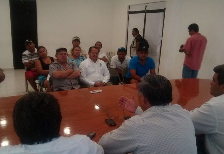 Reunión en la que no se presentó Paúl Sánchez Navarro. (Rossy López/SIPSE)