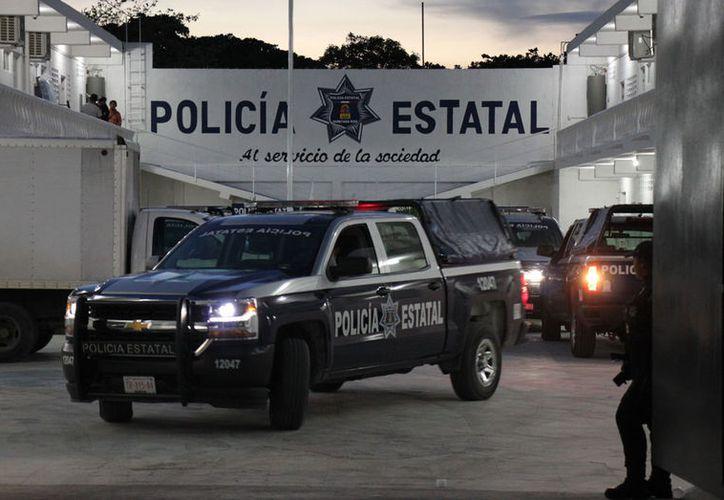 Policías estatales patrullan las calles de la isla. El número de elementos aumentaría en caso de ser necesario. (Gustavo Villegas/SIPSE)