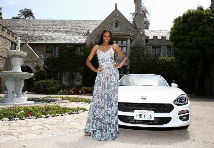 Imagen de archivo de la modelo de Playboy de 2016, Eugena Washington, en la Mansión Playboy, ubicada en Los Ángeles. La propiedad está a punto de ser adquirida por Daren Metropoulos. (Foto por John Salangsang / Invision / AP, archivo)
