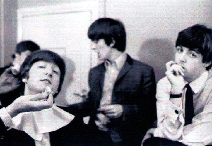 Se difundieron imágenes inéditas del grupo The Beatles, videograbadas en 1965. (excelsior.com.mx)