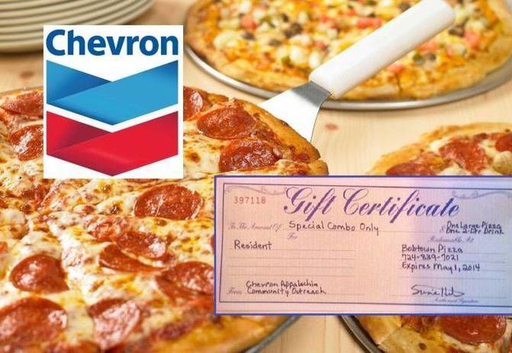 Bobtown Pizza, el único restaurante del área, dijo que 12 personas canjearon los bonos que distribuyó Chevron. (nofrackingway.us)