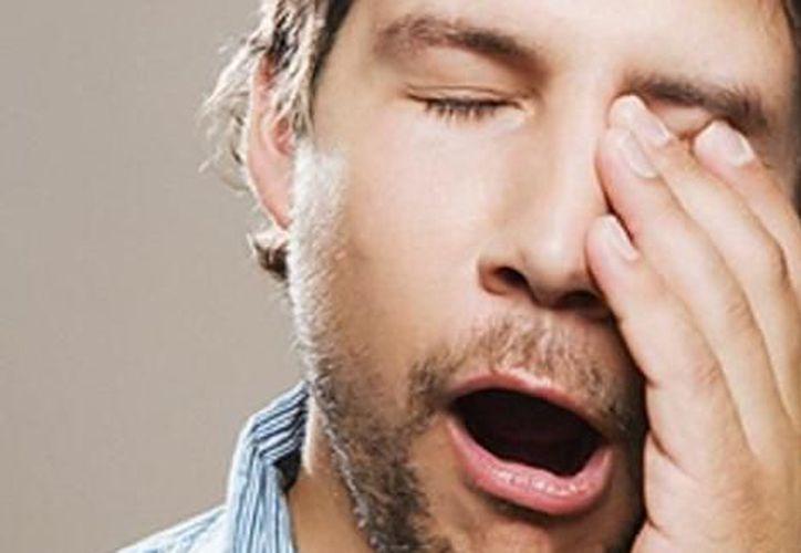 Expertos aseguran que los seres humanos somos una especie social, pero la falta de sueño afecta esta cualidad. (Contexto/Internet)