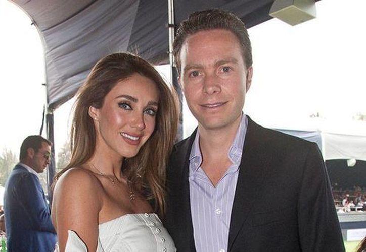 La cantante Anahí y el gobernador Manuel Velasco se casaron en 2015 y ahora esperan un bebé. (Imagen tomada de mx.hola.com)