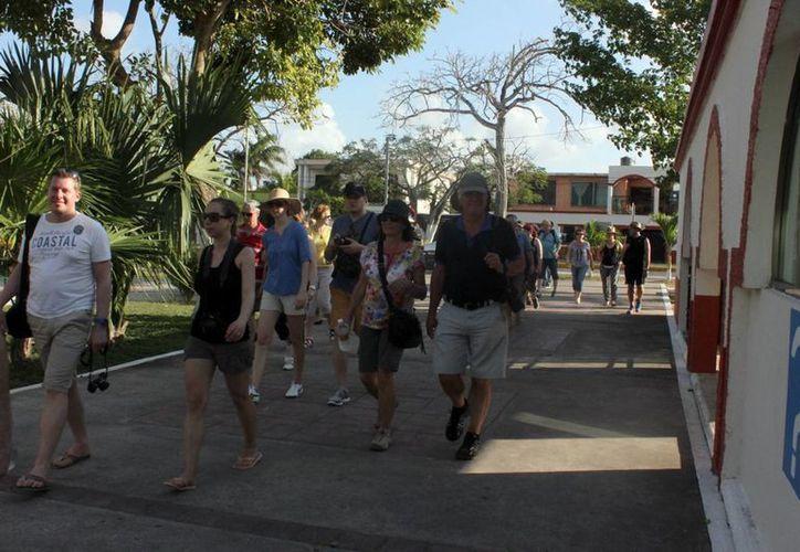 Desde el inicio del puente escolar se notó una gran afluencia de turistas. (Javier Ortiz/SIPSE