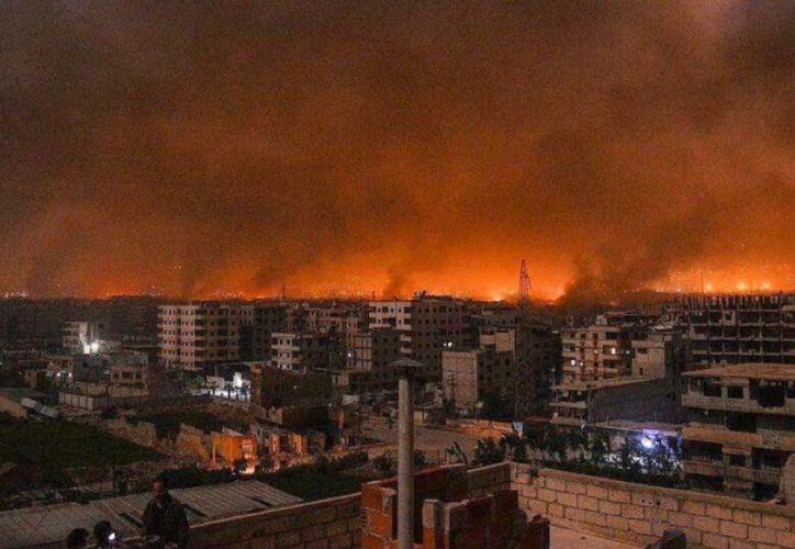 El gobierno sirio afirmó que los objetivos fueron zonas militares en las provincias de Hama y Alepo. (Twitter)