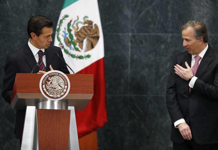 José Antonio Meade está al frente de las arcas públicas por segunda vez en su carrera en el gabinete presidencial. También ha sido titular de Relaciones Exteriores y Sedesol. (AP/Dario Lopez-Mills)