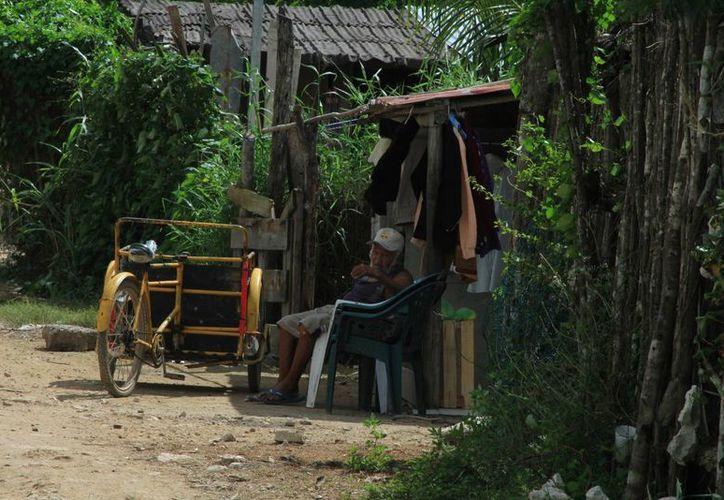 En Quintana Roo más de 107 mil personas viven en condiciones de pobreza extrema. (Eddy Bonilla/SIPSE)