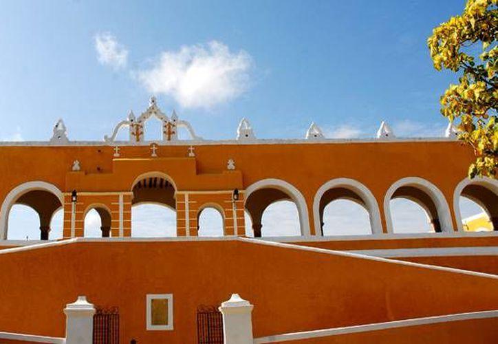 Izamal brinda a los visitantes exquisitos mosaicos de cultura prehispánica y española de la época de la conquista. (Foto: José Acosta)