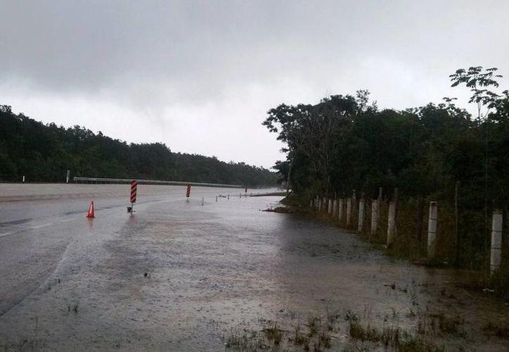 La zona peligrosa se ubica en el entronque para dirigirse al poblado de Chumpón. (Rossy López/SIPSE)