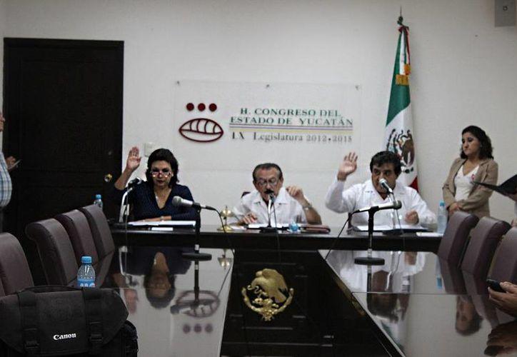 La Diputación Permanente de Yucatán aprueba convocar a un periodo extraordinario de sesiones para este martes 30 de diciembre. (SIPSE)
