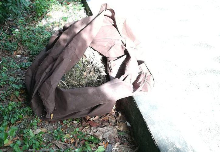Un bulto, que a primera vista parecía ser un cadáver, fue arrojado en la periferia de la colonia CTM. (Redacción/SIPSE)
