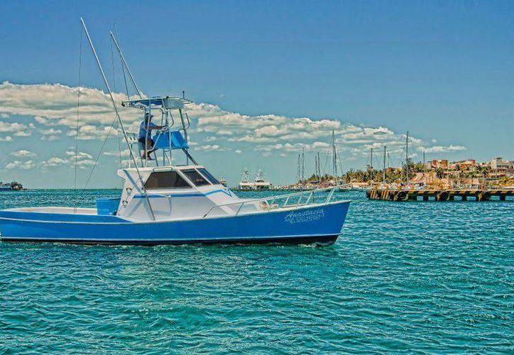 Los cinco pescadores y la embarcación 'Anastacia' en la que zarparon de Isla Mujeres el 30 de marzo, siguen desaparecidos. (Facebook/Rescue Anastacia)