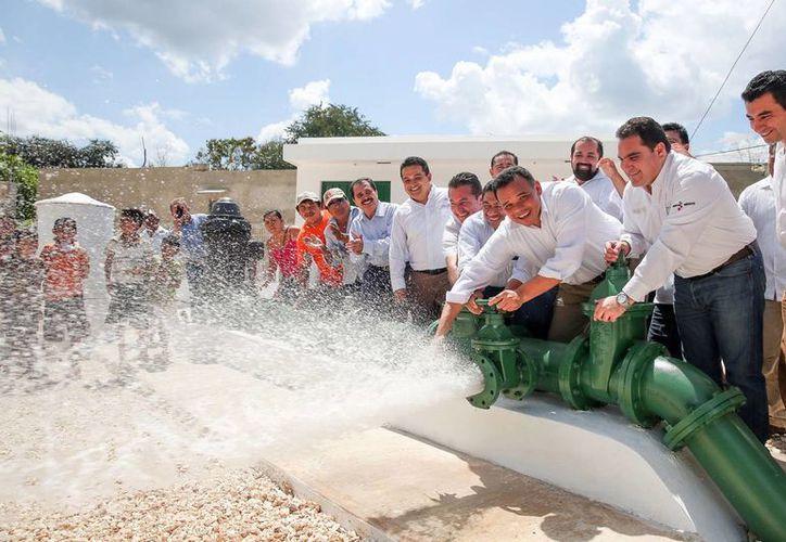 Ampliación del sistema de agua potable de las comisarías de X-Catzínas, X-Catzín, Mucel, Uxpibil, Xalul y Kuxeb de Chemax. (Milenio Novedades)
