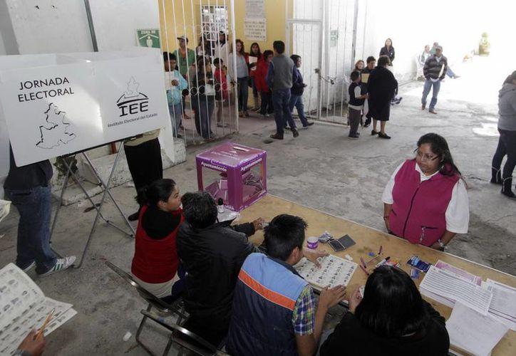 Este fin de semana comenzaron las votaciones en Nayarit, Coahuila y Puebla.   (Notimex)