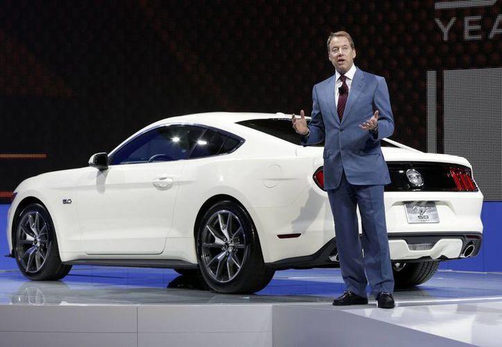 Bill Ford realizó el anuncio de la nueva edición del Mustang GT. (Agencias)