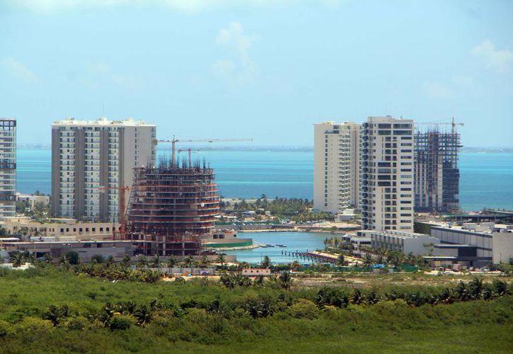Los puntos más solicitados por los inversionistas son Huayacán y Puerto Cancún. (Paola Chiomante/SIPSE)