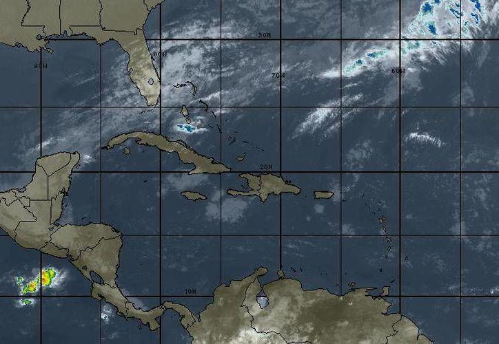 La temperatura mínima oscilará en los 23 grados centígrados en Cancún. (Intellicast)
