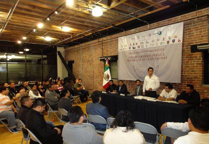 El delegado de Sedesol Luis Borjas destacó la colaboración de los migrantes para realizar obras en diversos municipios. (Milenio Novedades)
