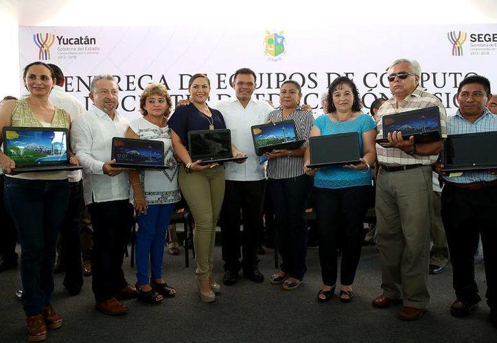 El gobernador Rolando Zapata Bello realizó una gira por el oriente de Yucatán. (SIPSE)