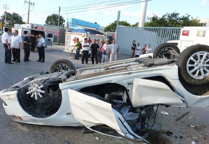 Los accidentes vehiculares a causa del alcohol son la primer causa de los percances viales en México. (Redacción/SIPSE)