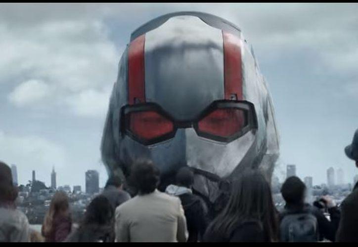 Paul Rudd vuelve a dar vida al superhéroe que es capaz de crecer o encogerse. (Foto: Captura)