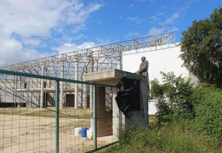 La edificación de la obra inició con dinero de un empréstito de alrededor de 386 millones de pesos. (Foto: Octavio Martínez/SIPSE)