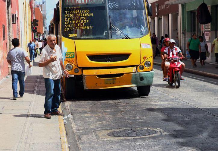 Empresarios del transporte insistieron ayer en solicitar alza a las tarifas (Foto: Milenio Novedades)