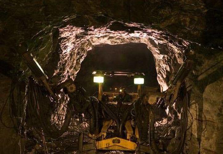 México logró en 2015 una extracción de 191.5 millones de onzas, 3.3 por ciento más que en 2014. Imagen de contexto de una mina mexicana. (www.camimex.org.mx)
