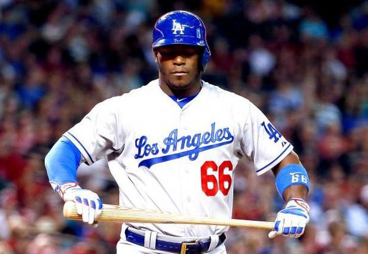 El cubano Yasiel Puig rompió el empate con un cuadrangular en el séptimo inning, dándole la victoria a los Dodgers. (Vanguardia)